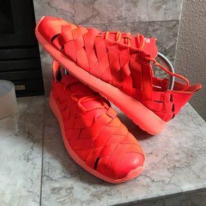 Nike Roshe Run Woven Women's